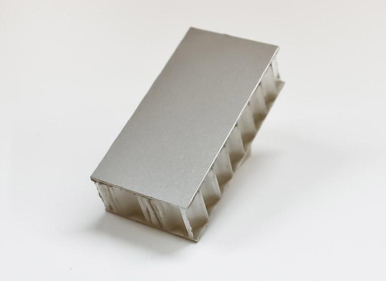 Véhicule récréatif - Échantillon mur et plancher